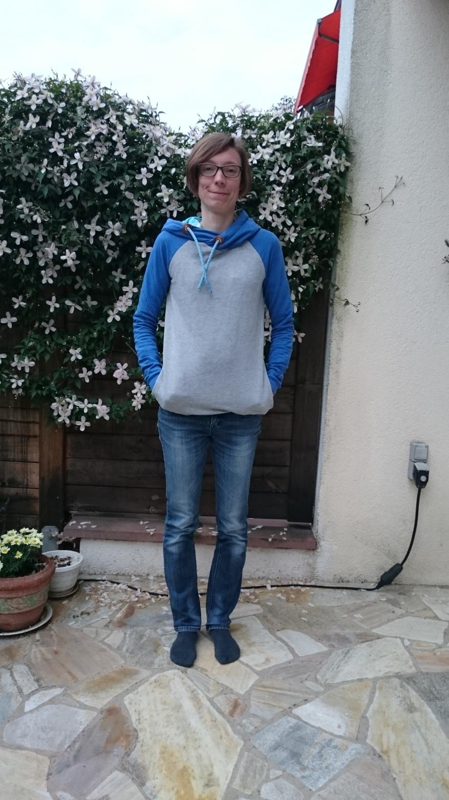 basic-pulli-hoodie